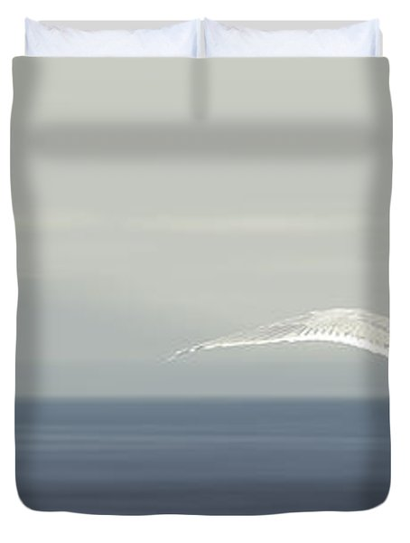 Duvet Cover featuring the photograph Soaring Free by Lisa Knechtel