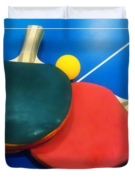 Soft Dreamy Ping-pong Bats Table Tennis Paddles Rackets On Blue Duvet Cover