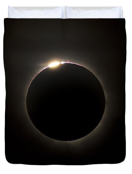 Solar Eclipse With Prominences Duvet Cover by Philip Hart