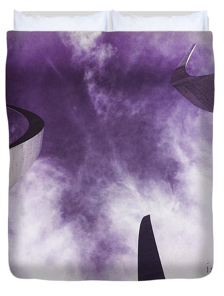 Soul In The Sky - Us Air Force Memorial Duvet Cover