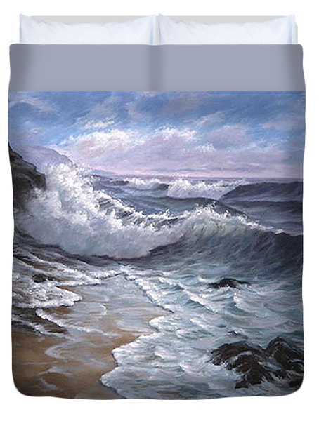 Sounding Waves At Big Sur Duvet Cover