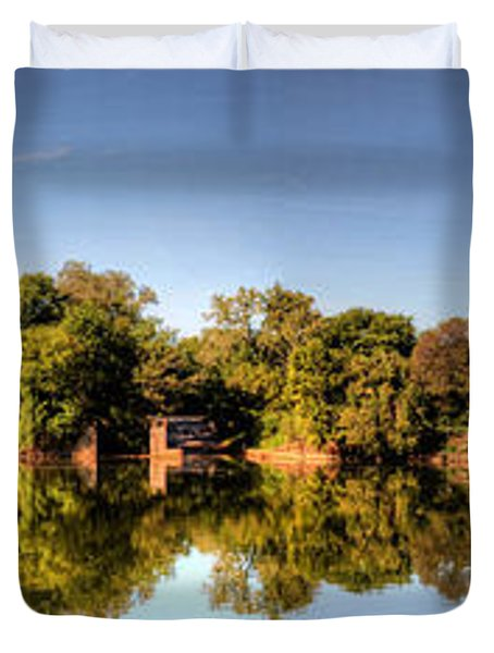 Duvet Cover featuring the digital art South Of The James by Kelvin Booker