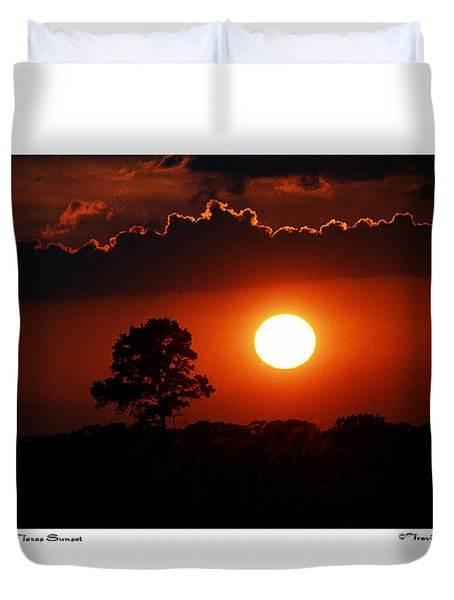 Southeast Texas Sunset Duvet Cover by Travis Burgess