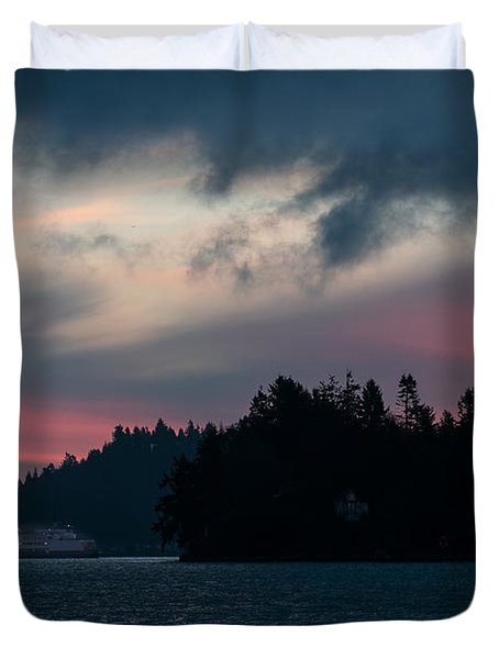 Southworth Ferry Run At Dawn Duvet Cover by E Faithe Lester