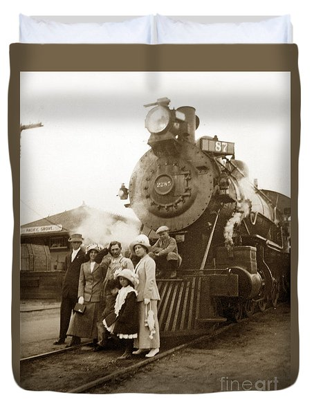 S P Baldwin Locomotive 2285  Class T-26 Ten Wheel Steam Locomotive At Pacific Grove California 1910 Duvet Cover