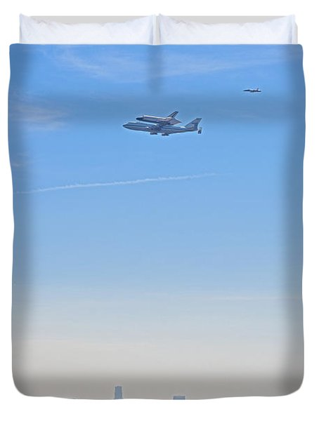 Space Shuttle Endeavour And Chase Planes Over The Griffith Observatory Duvet Cover by David Zanzinger