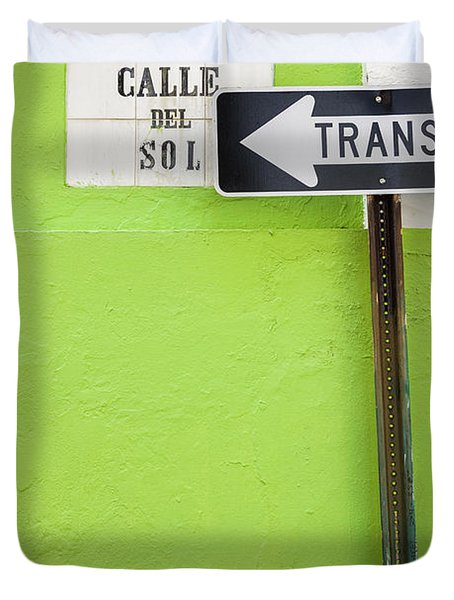 Spanish One Way Sign And Street Sign In Old San Juan Puerto Rico Duvet Cover