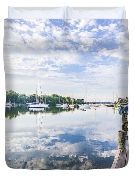Speedboat On The Magothy River Duvet Cover