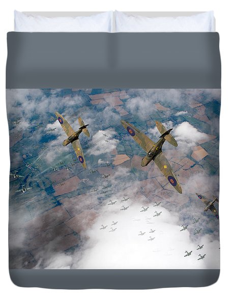 Raf Spitfires Swoop On Heinkels In Battle Of Britain Duvet Cover