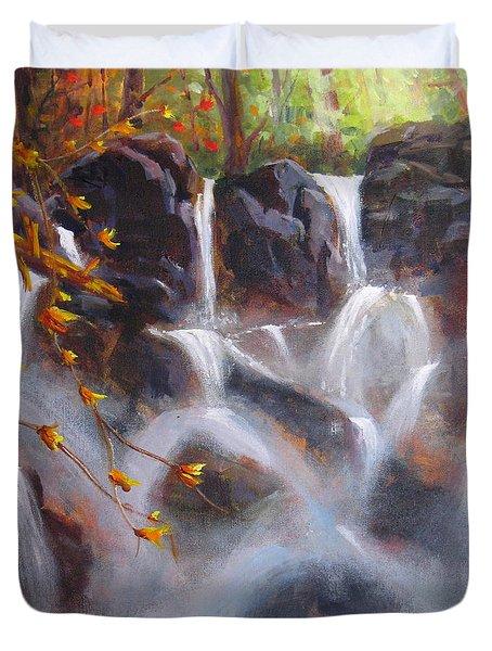 Splash And Trickle Duvet Cover by Mohamed Hirji