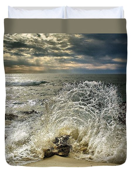 Splash N Sunrays Duvet Cover