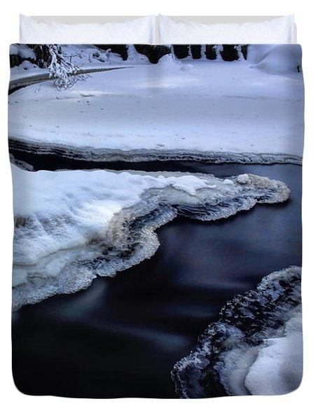 Split Flow Duvet Cover