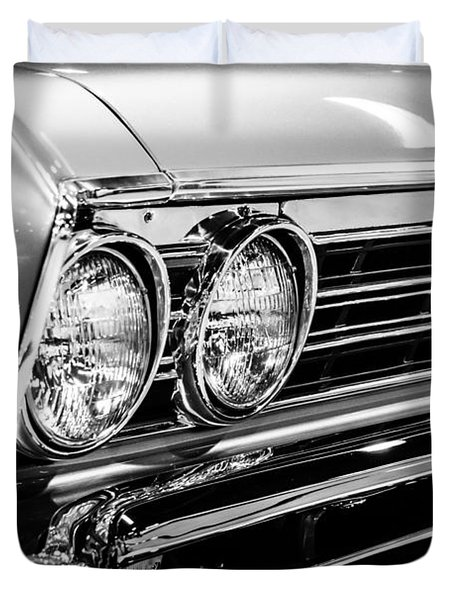 Ss396 Chevelle Black And White Picture Duvet Cover by Paul Velgos