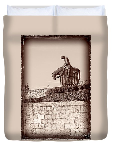 St Francis Returns From Crusades Duvet Cover