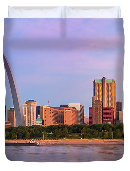 St Louis Arch And Skyline At The Mississippi Duvet Cover