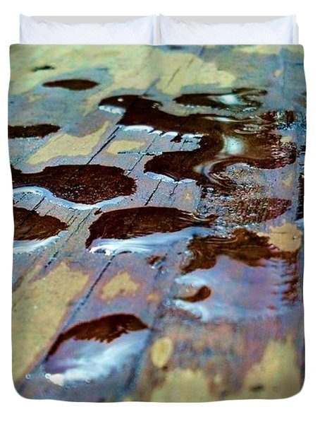 Standing Drops Duvet Cover