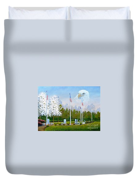 Standing Guard Over Veterans Park Duvet Cover