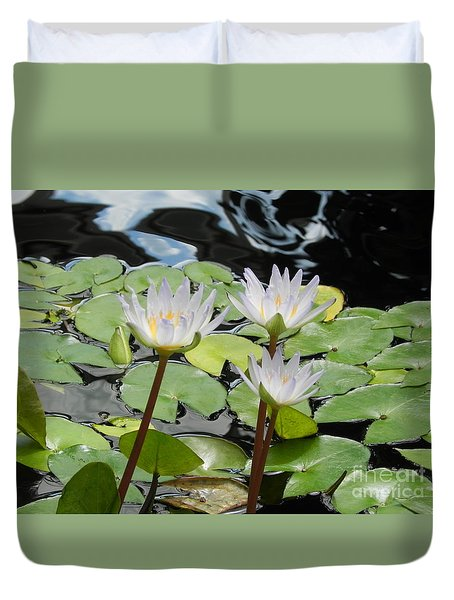 Duvet Cover featuring the photograph Standing Tall by Chrisann Ellis