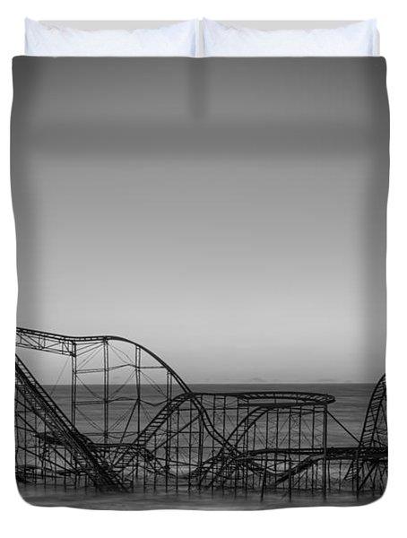 Star Jet Roller Coaster Bw Duvet Cover by Michael Ver Sprill