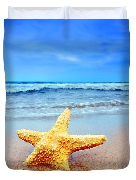 Starfish On A Beach   Duvet Cover