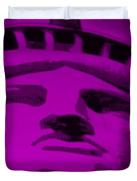 Statue Of Liberty In Purple Duvet Cover by Rob Hans