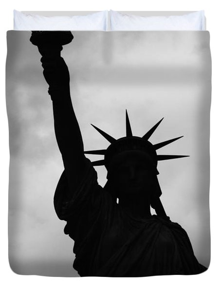 Statue Of Liberty Silhouette Duvet Cover