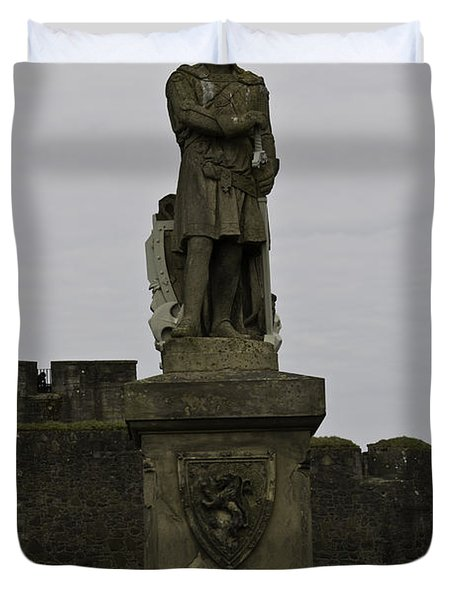 Statue Of Robert The Bruce On The Castle Esplanade At Stirling Castle Duvet Cover