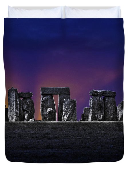 Duvet Cover featuring the photograph Stonehenge Looking Moody by Terri Waters