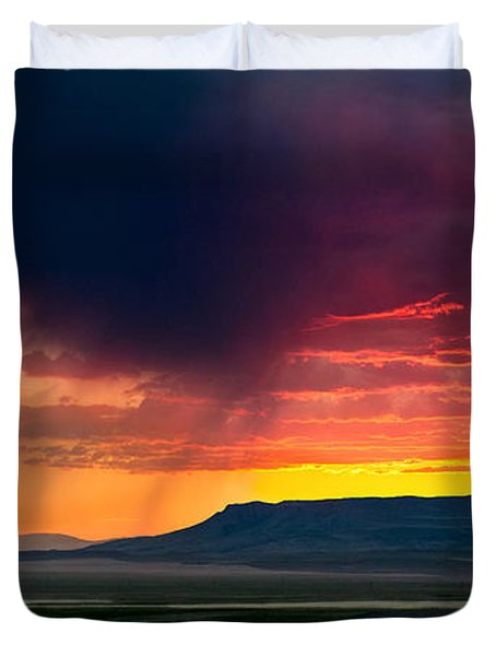 Storm Clouds Over Square Butte Duvet Cover