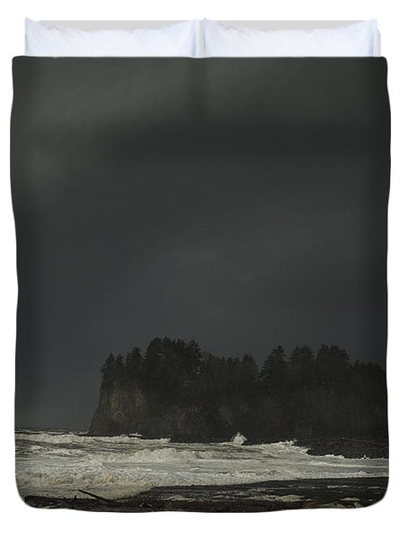 Duvet Cover featuring the photograph Storm Is Coming North West Wa by Yulia Kazansky