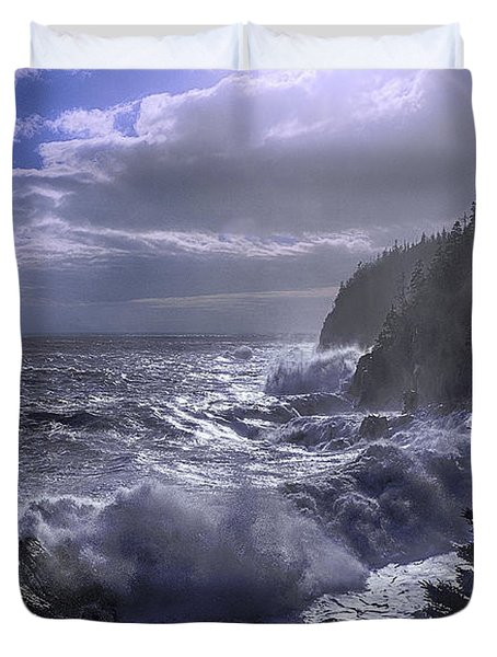 Storm Lifting At Gulliver's Hole Duvet Cover by Marty Saccone