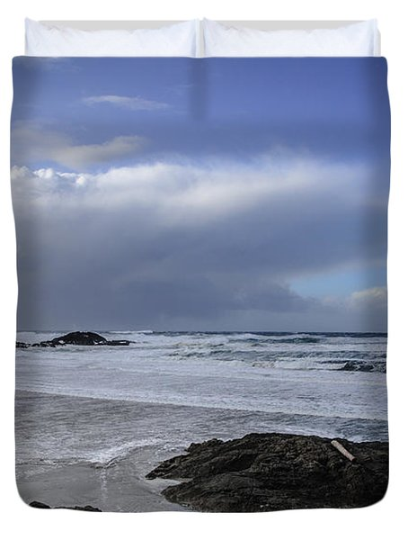 Storm Rolling In Wickaninnish Beach Duvet Cover