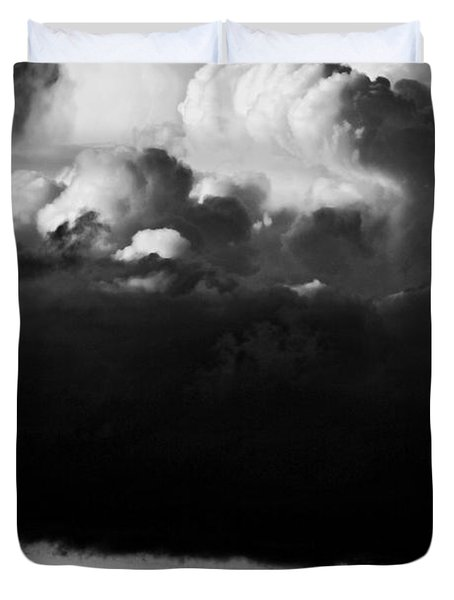 Duvet Cover featuring the photograph Stormclouds Approaching by Craig B