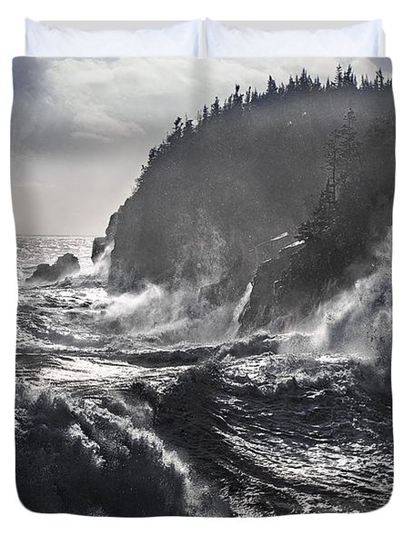 Stormy Seas At Gulliver's Hole Duvet Cover
