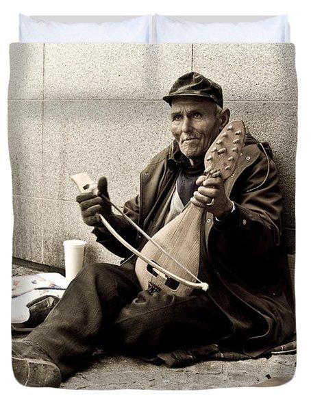 Street Musician Duvet Cover