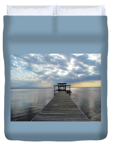Duvet Cover featuring the photograph Sun Rays On The Lake by Cynthia Guinn