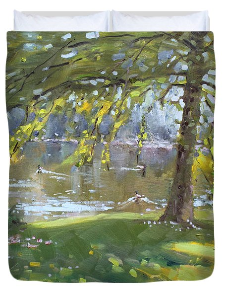 Sunday By The Pond In Port Credit Mississauga Duvet Cover by Ylli Haruni