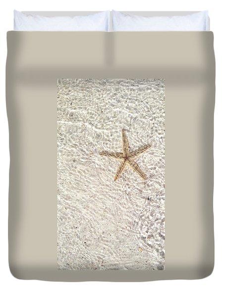 Anna Maria Island Starfish Duvet Cover by Jean Marie Maggi