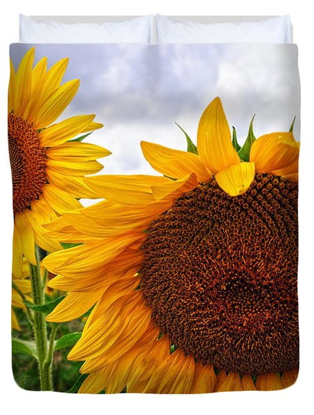 Sunflower Mama And Her Daughters  Duvet Cover