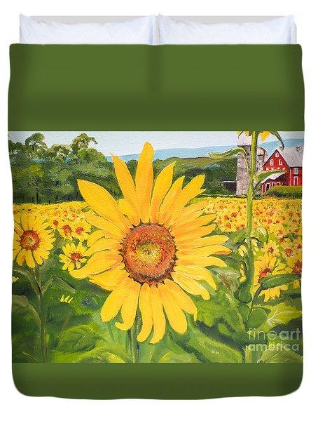 Sunflowers - Red Barn - Pennsylvania Duvet Cover