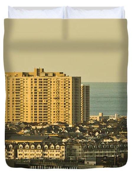 Sunny Day In Atlantic City Duvet Cover by Trish Tritz