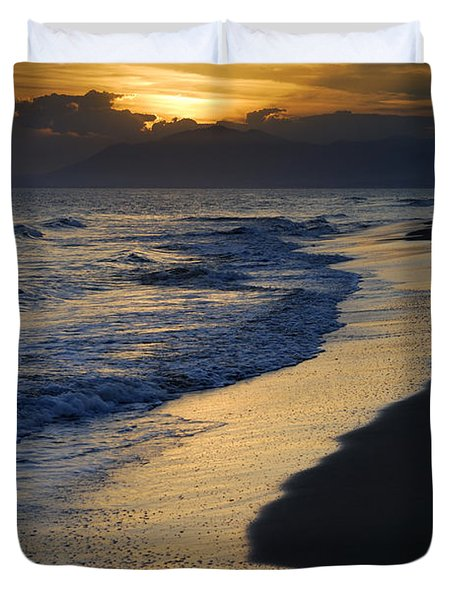 Sunrays Over The Sea Duvet Cover by Guido Montanes Castillo