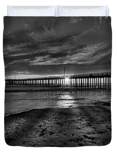 Sunrays Through The Pier In Black And White Duvet Cover
