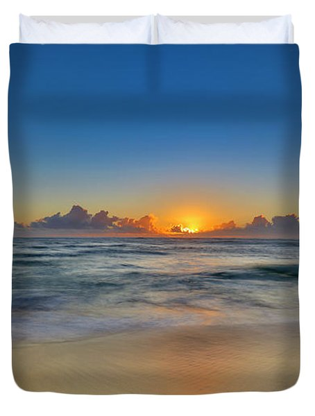 Sunrise Above Kawaaloa Bay On Molokais Duvet Cover