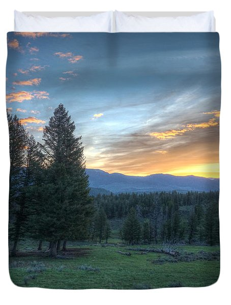 Sunrise Behind Pine Trees In Yellowstone Duvet Cover