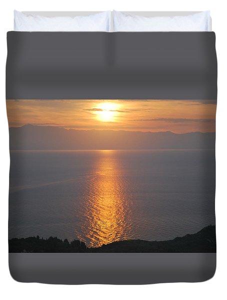 Sunrise Erikousa 1 Duvet Cover