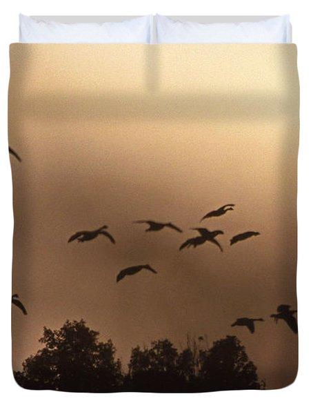 Sunrise Fog And Incoming Duvet Cover by Skip Willits