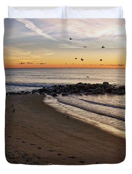 Duvet Cover featuring the photograph Sunrise In Ocean Grove by Debra Fedchin