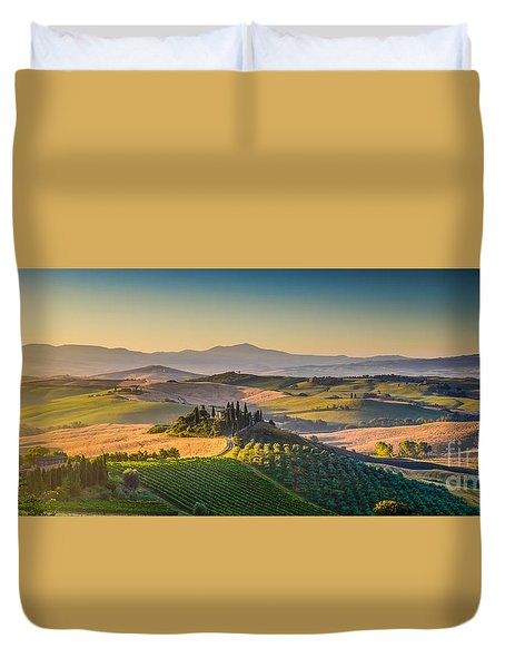 A Golden Morning In Tuscany Duvet Cover