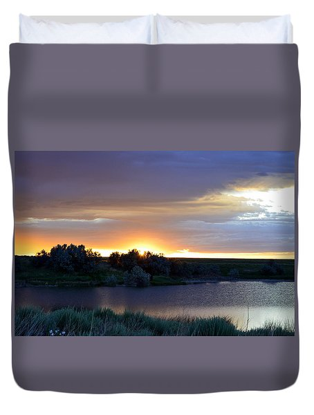 Sunrise Over Kinney Lake Duvet Cover by Clarice  Lakota